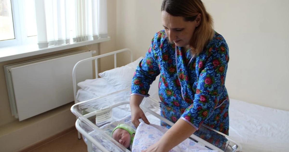 Женщина выносила ребенка в брюшной полости и не знала о беременности