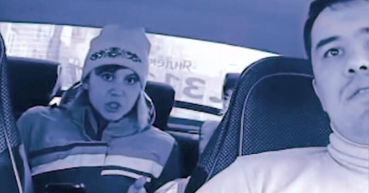 Мать с двумя детьми закатила таксисту истерику из-за детского кресла