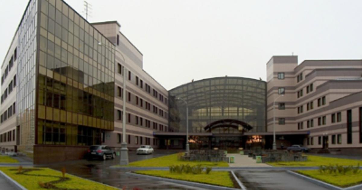 Фото Детская больница в Москве закупает пятиметровый иконостас за миллион