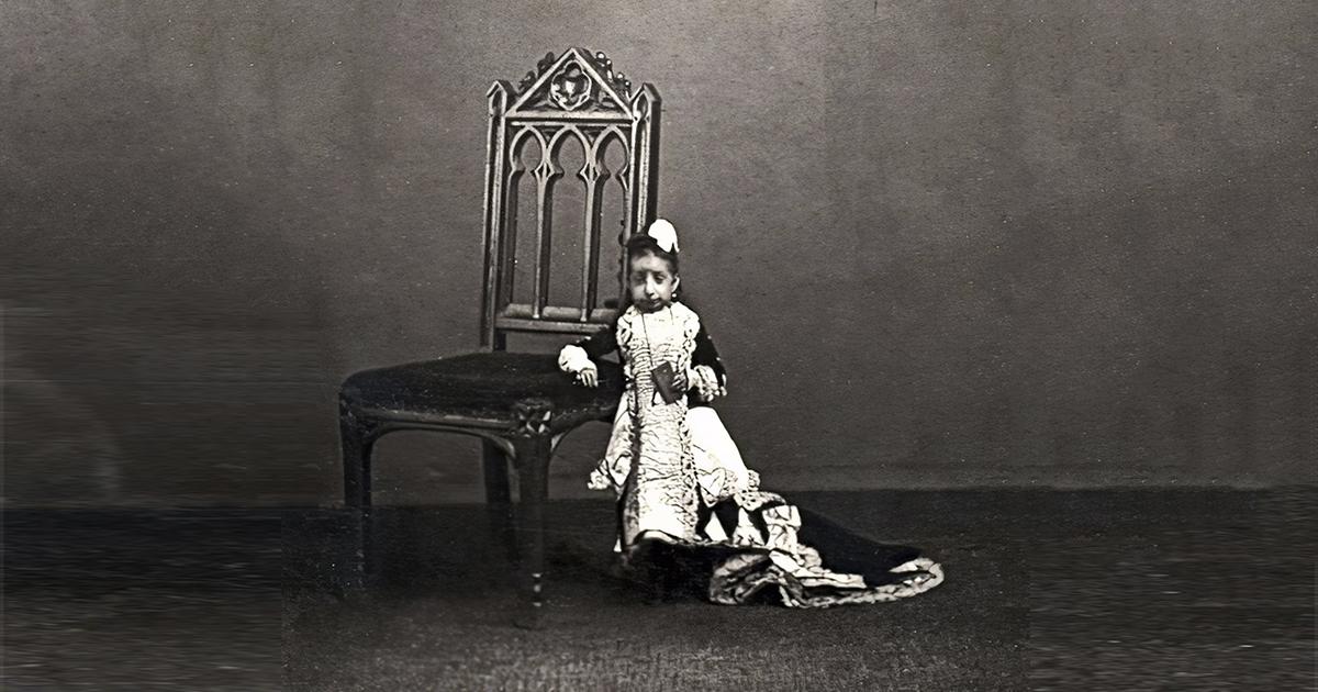 Самая легкая девушка в истории весила всего пару килограммов. Как она жила?