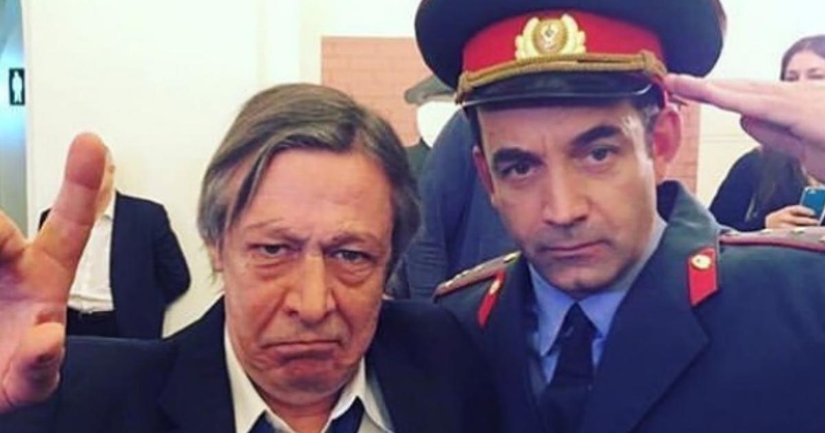 Фото Ефремова не пустили в самолет из-за «стандартов перевозки пассажира»