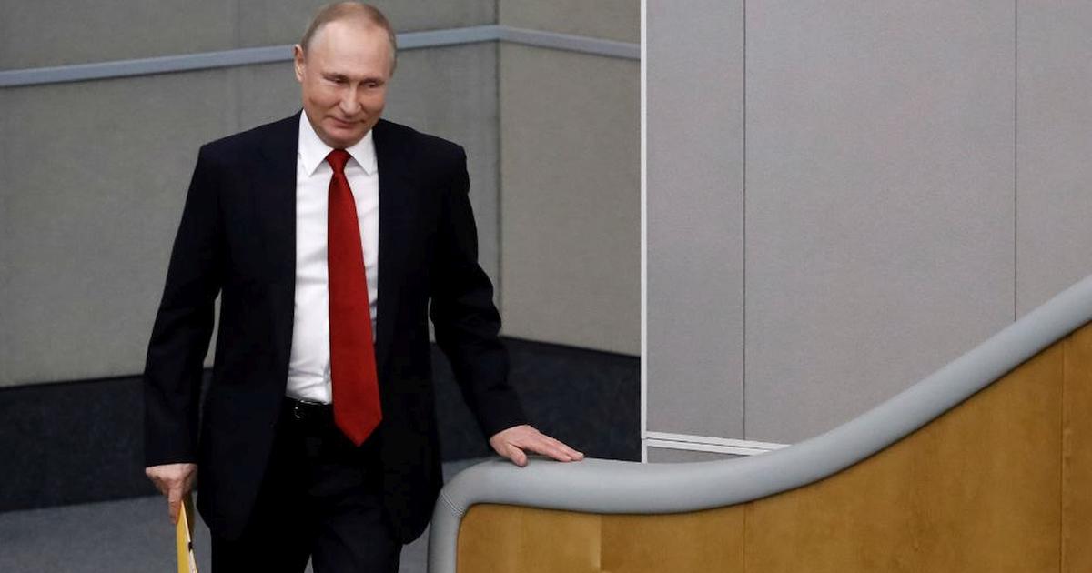 «Переложил решение на Конституционный суд». Политолог - о позиции Путина