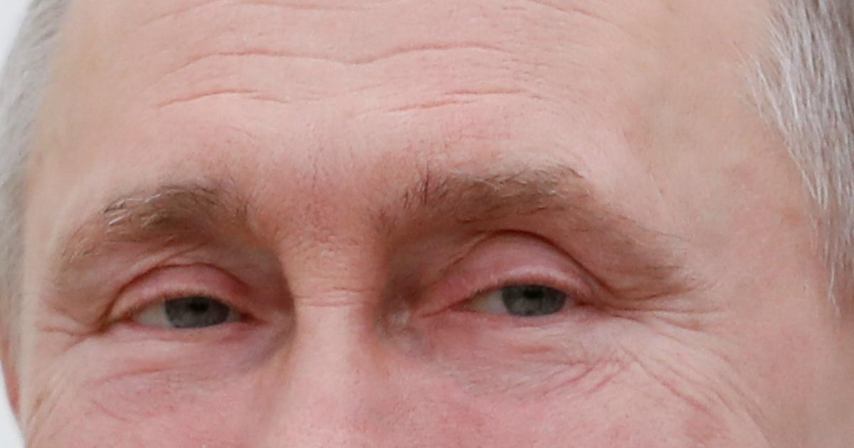 Фото Обнуляемся: Путин подписал закон о поправках в Конституцию
