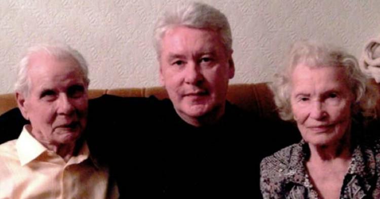 Собянин обратился к пенсионерам и семьям с детьми из-за коронавируса