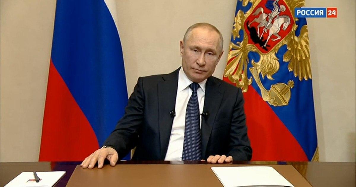 """Фото """"Обнуление"""" откладывается. Путин обратился к россиянам из-за коронавируса"""