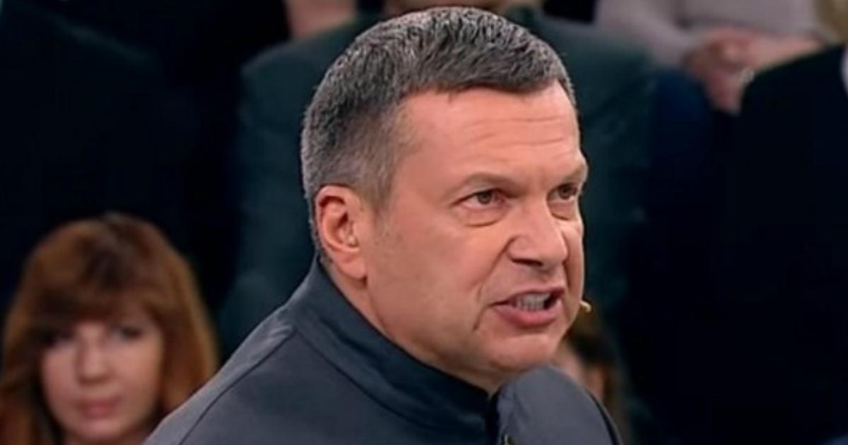 Соловьев возмутился из-за москвичей, которые наводнили торговые центры