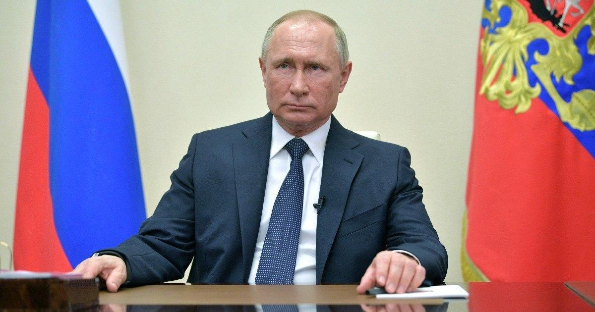 Путин продлил выходные в России до 30 апреля