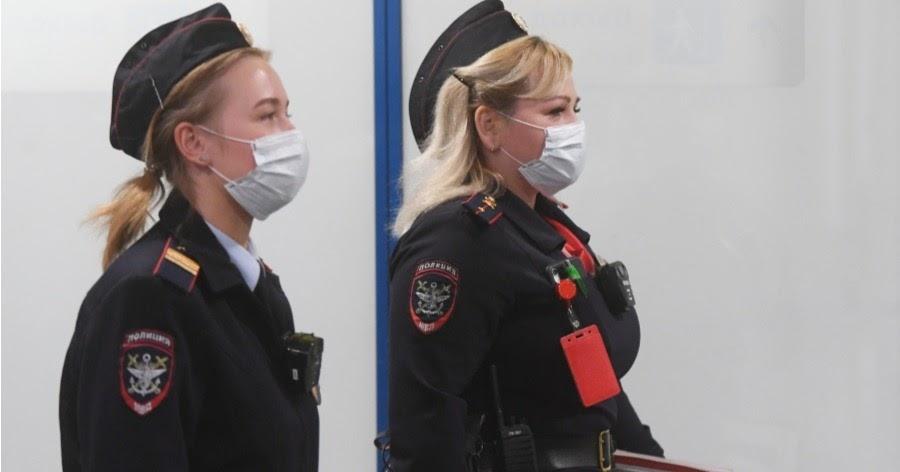 В Москве и Петербурге выписали первые штрафы в 15 тысяч «за прогулки»