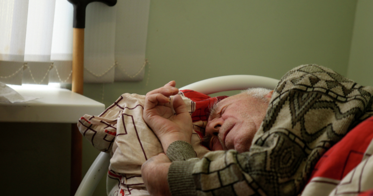 У 86 жильцов дома-интерната для престарелых в Вязьме подозревают коронавирус