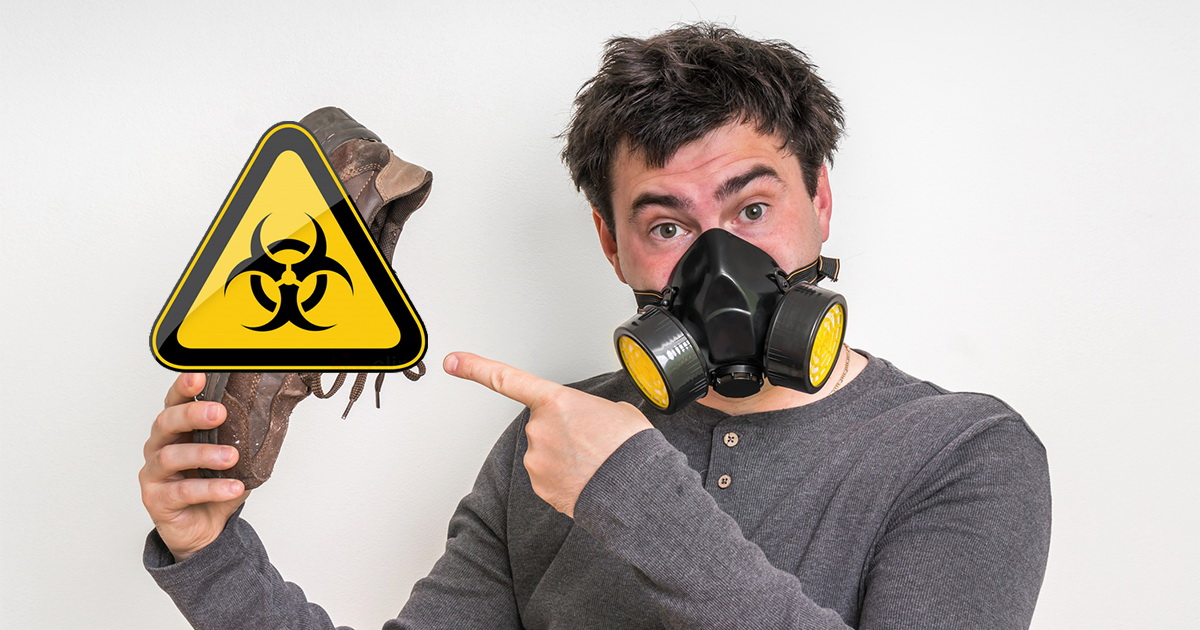 Фото Враг на подошве. Каков шанс занести коронавирус в дом на обуви