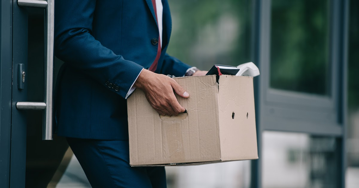 Увольнение: причины и нормы увольнения работника, увольнение по собственному желанию