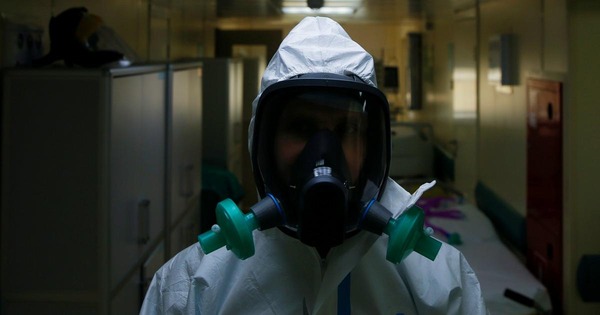 Больше 10 тысяч больных за сутки: данные о пандемии к вечеру 3 мая