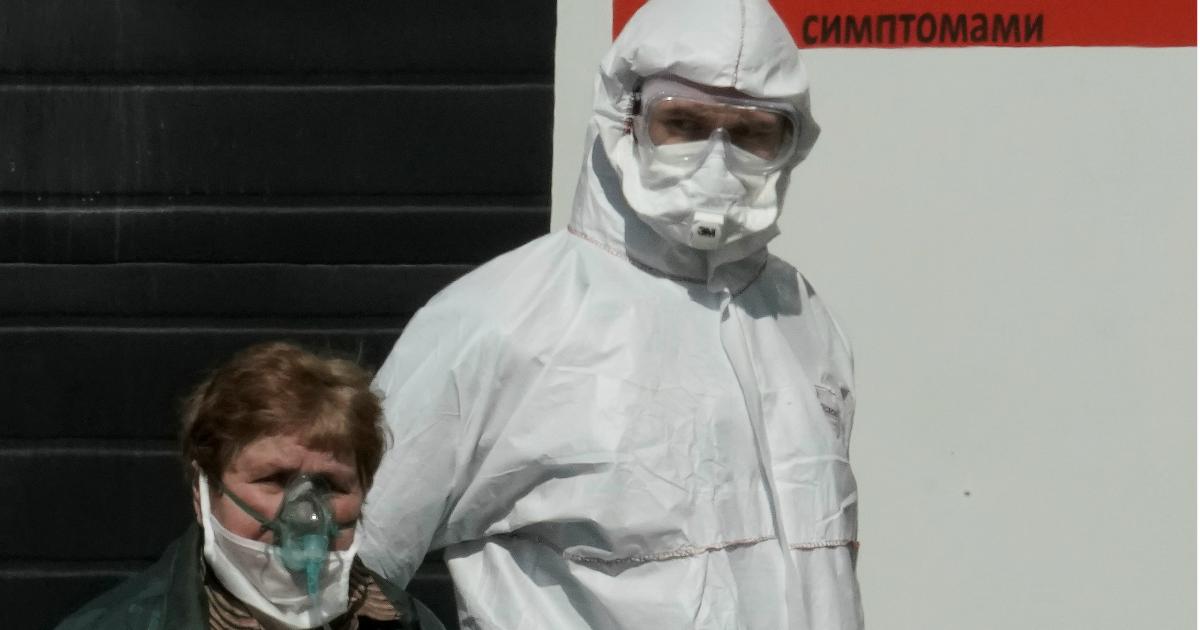 Больше 350 медиков отказались работать в Калининградской области