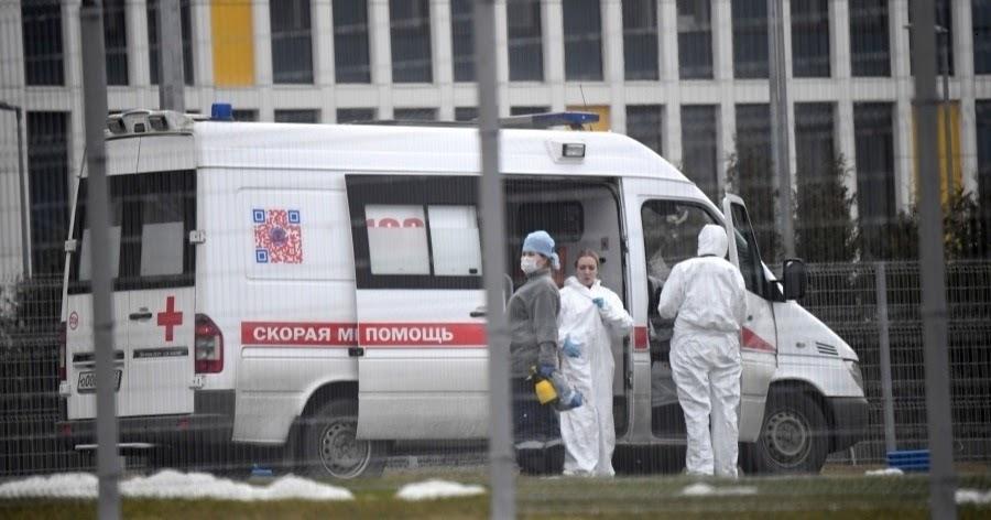 Россия вышла на третье место по числу заболевших COVID-19 в мире