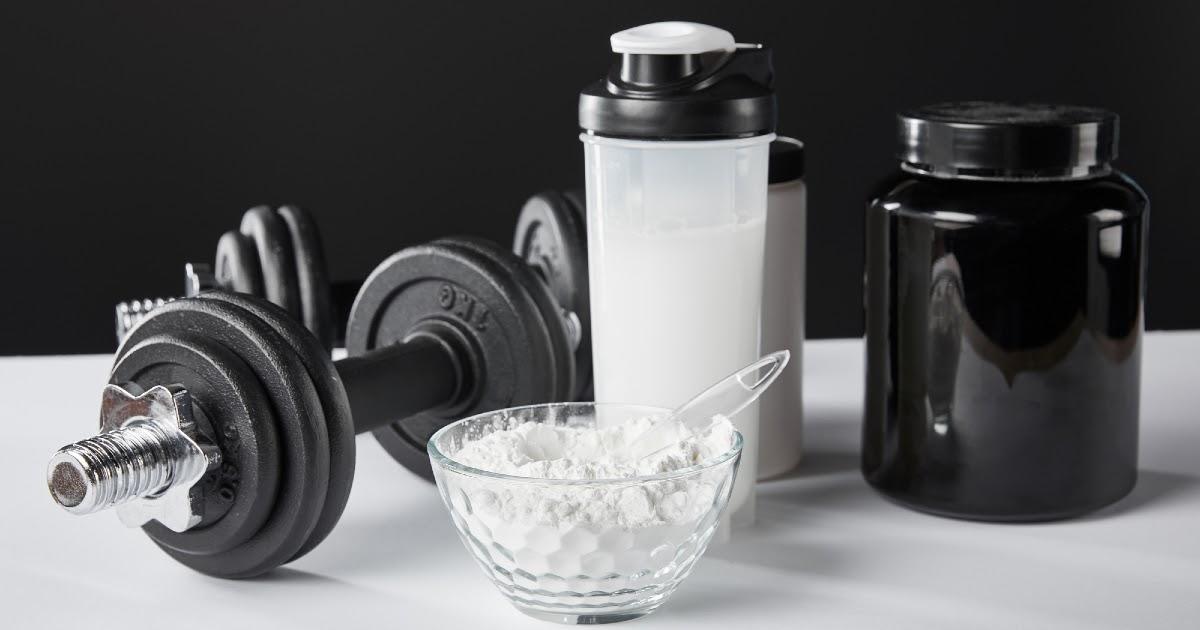 Фото Спортивное питание: что это такое и кто принимает протеин, ВСАА, изотоники, энергетики