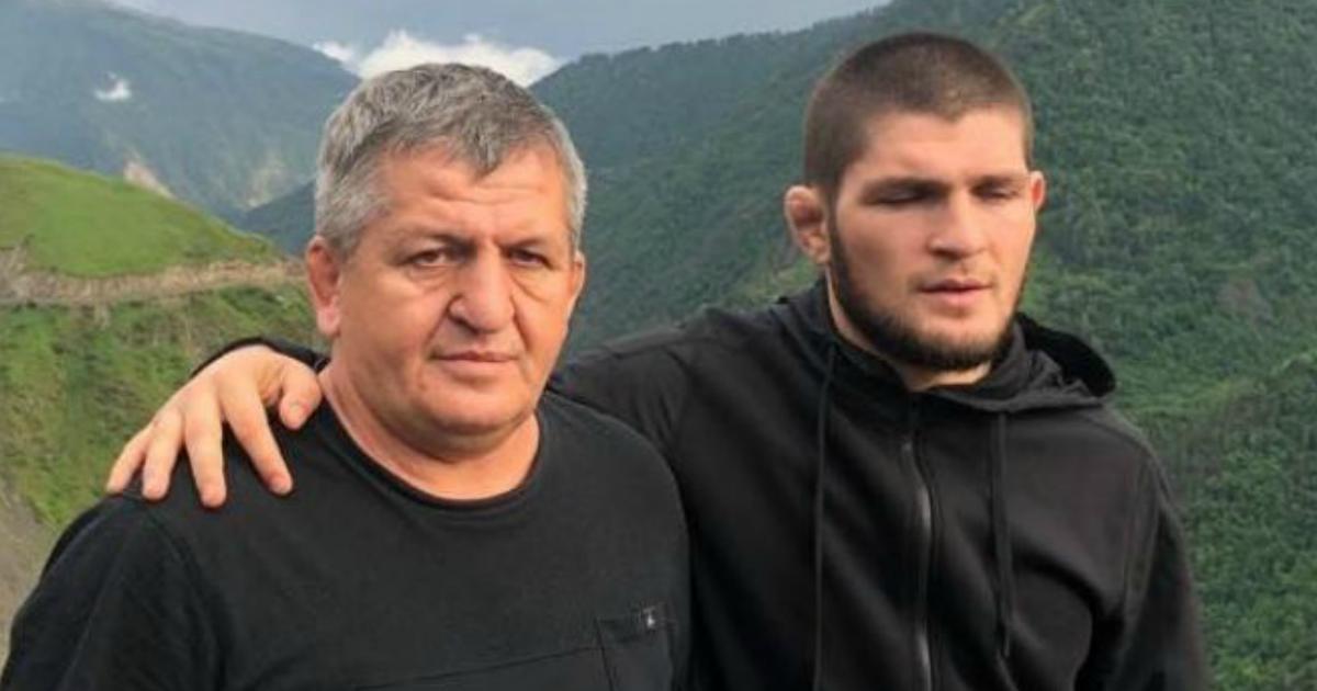 «Положение очень тяжелое»: Хабиб призвал молиться за здоровье отца на ИВЛ