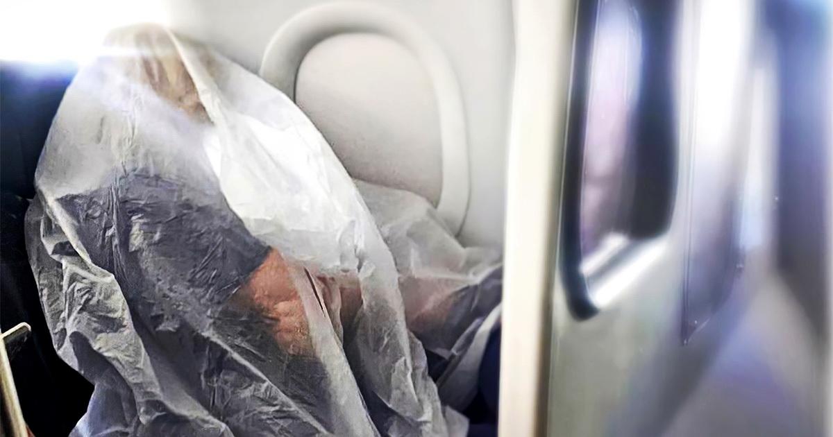 Абсолютная защита. Авиапассажирка в полиэтилене насмешила пользователей