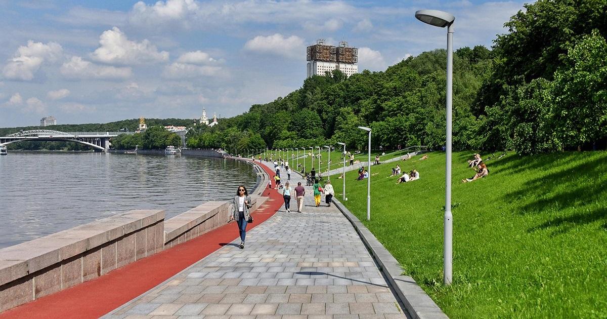 В Москве отменили самоизоляцию и цифровые пропуска