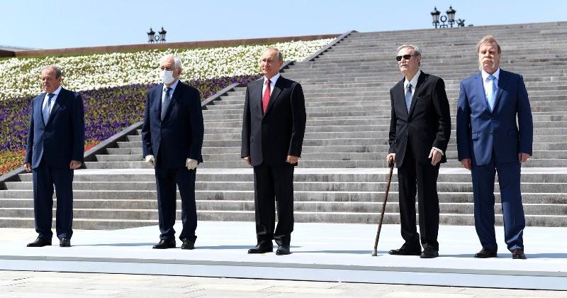 12 дней карантина: как награждаемых готовили к встрече с Путиным
