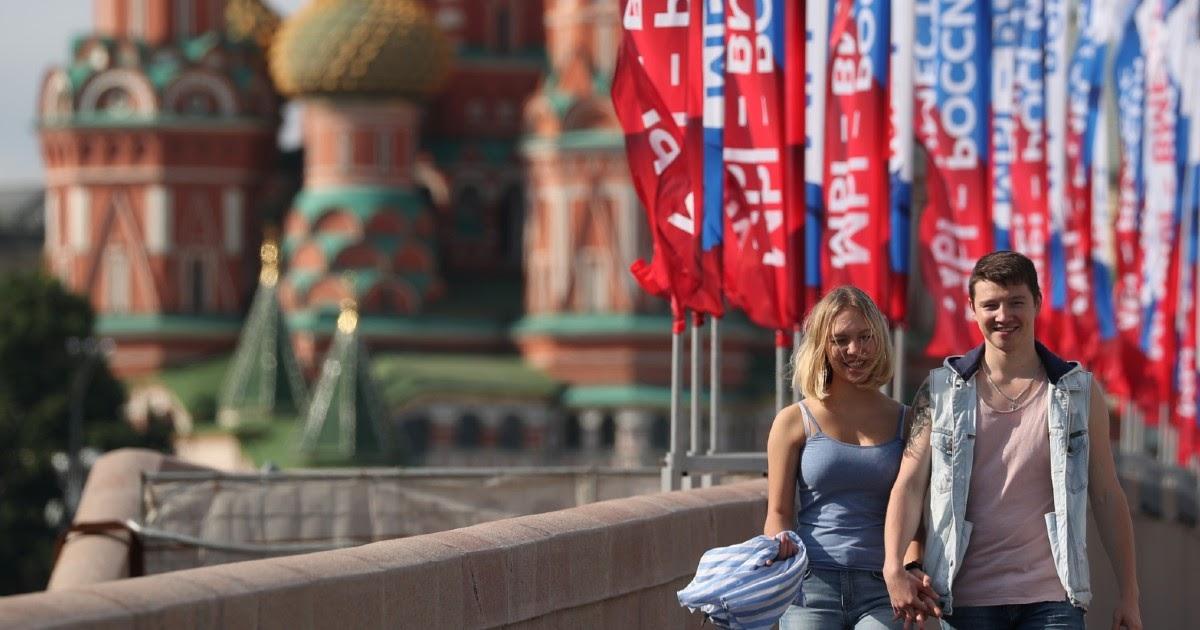"""Неуверенный спад. Эпидемия в Москве после недели """"на свободе"""""""