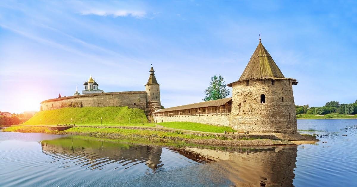 Что посмотреть в Пскове: достопримечательности, музеи, парки. Где туристу гулять в Пскове?