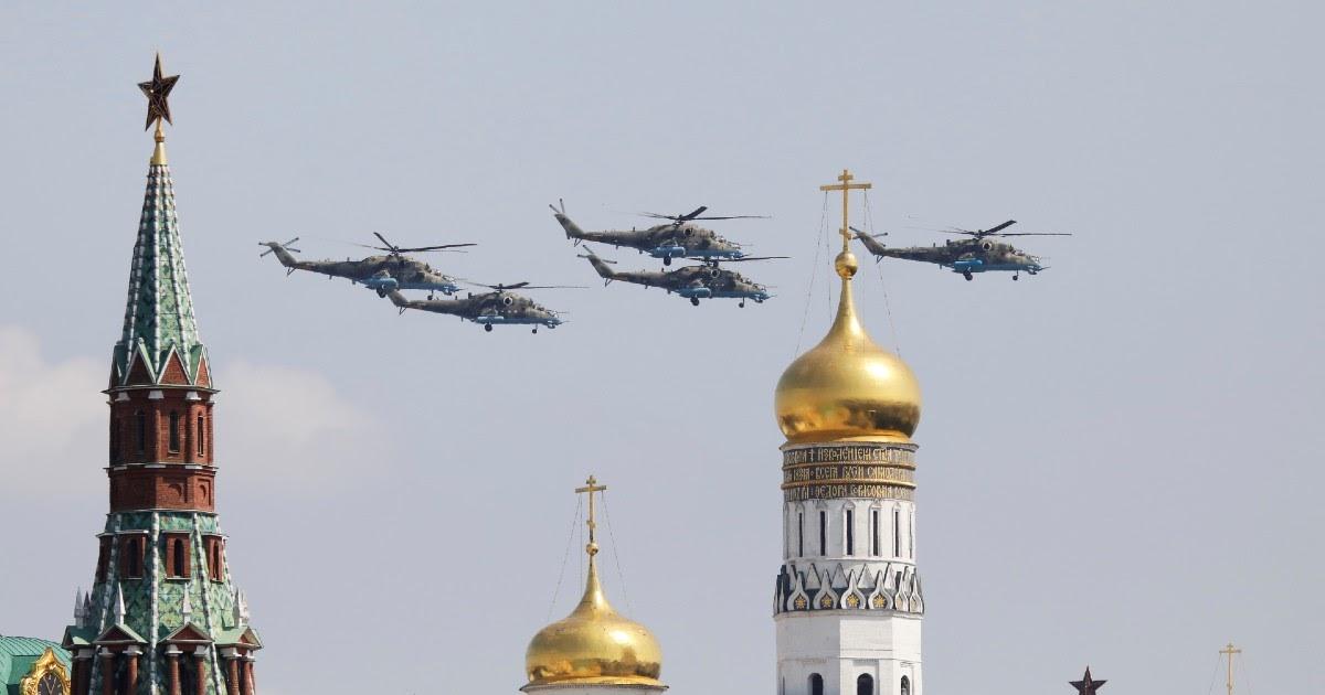 Фото За день до парада. Как меняется ситуация с эпидемией в России