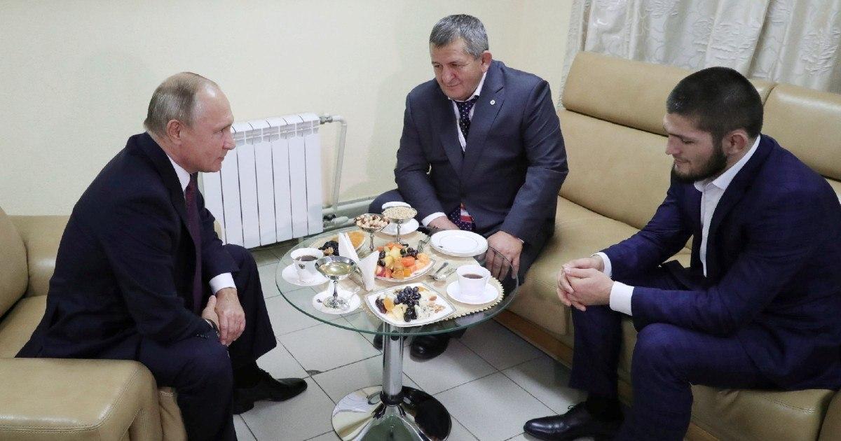Умep отец Хабиба Нурмагомедова