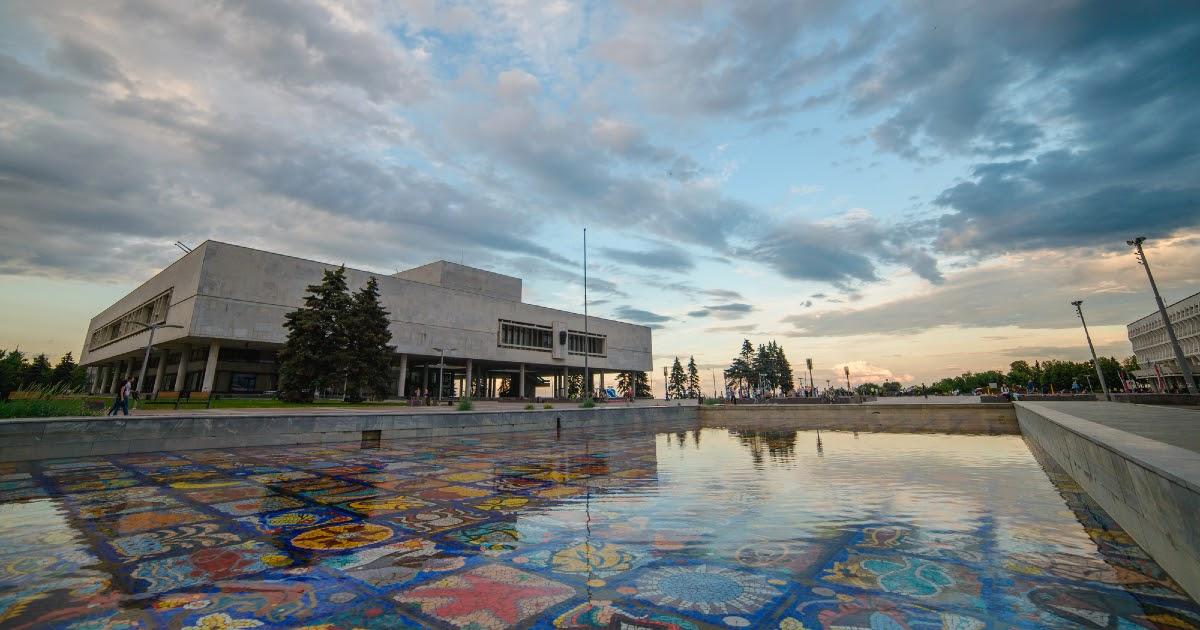 Что посмотреть в Ульяновске: достопримечательности и архитектура. Где гулять в Ульяновске?