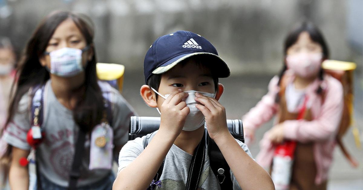 Инфекционисты рассказали, разносят ли дети коронавирус на самом деле