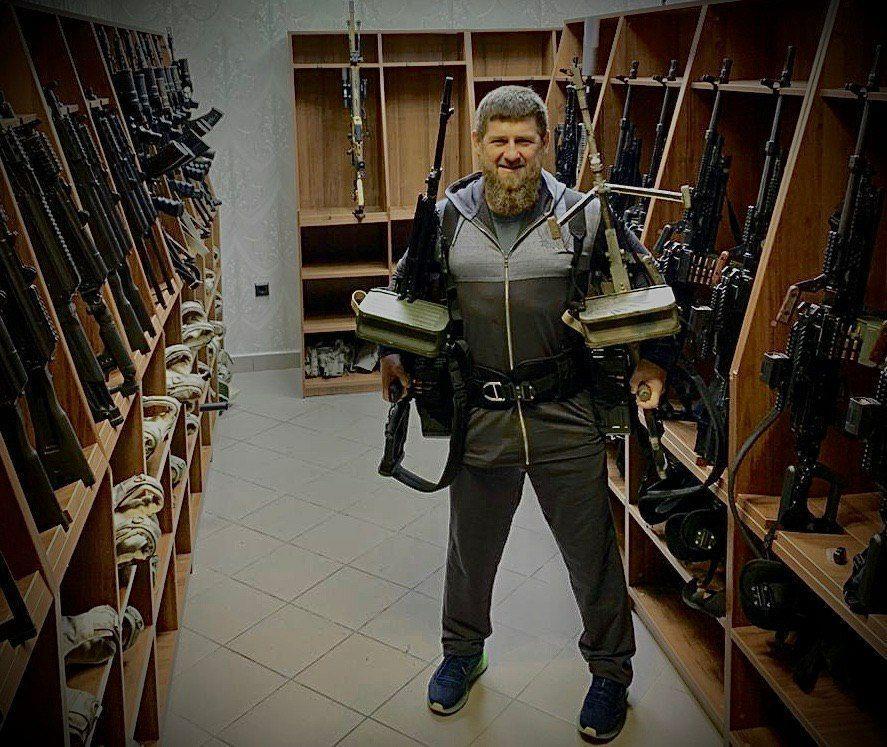 """Кремль прокомментировал фото Рамзана Кадырова с """"печенегами"""""""