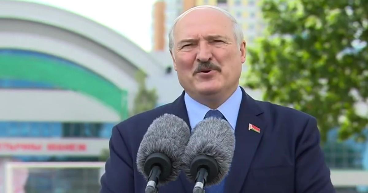 Фото Лукашенко отреагировал на протесты в Минске
