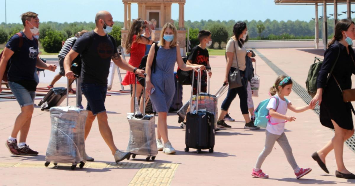 Первые российские туристы рассказали об отдыхе в отелях Турции