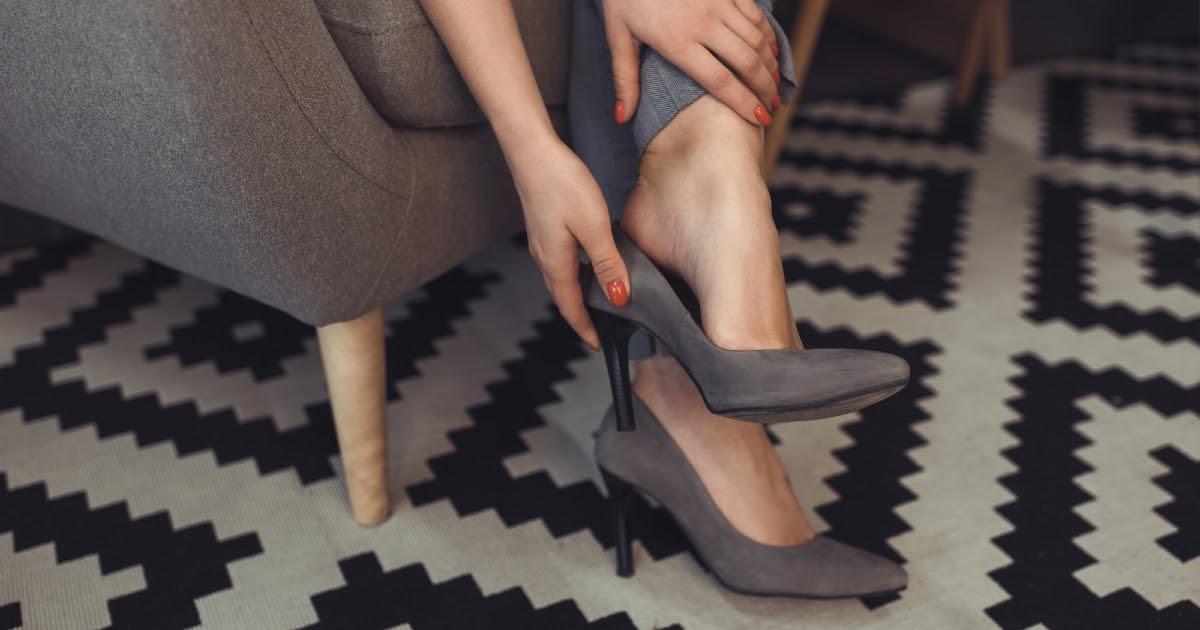 Болят ноги: что делать, какой может быть диагноз и к какому врачу обращаться?