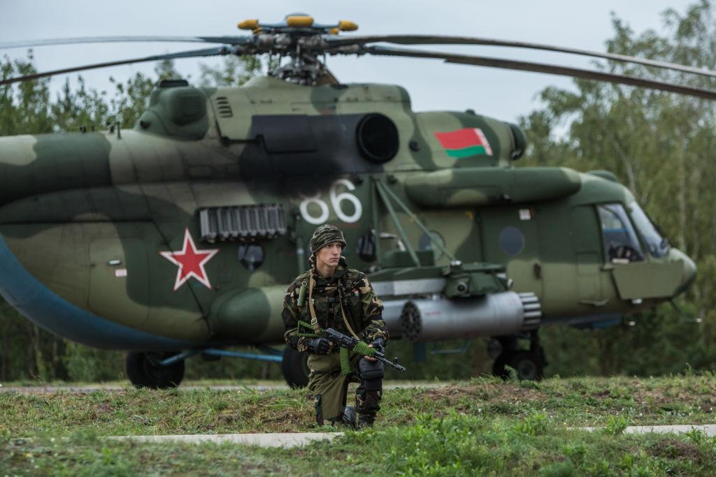 Белоруссия приступила к третьему этапу проверки боеготовности