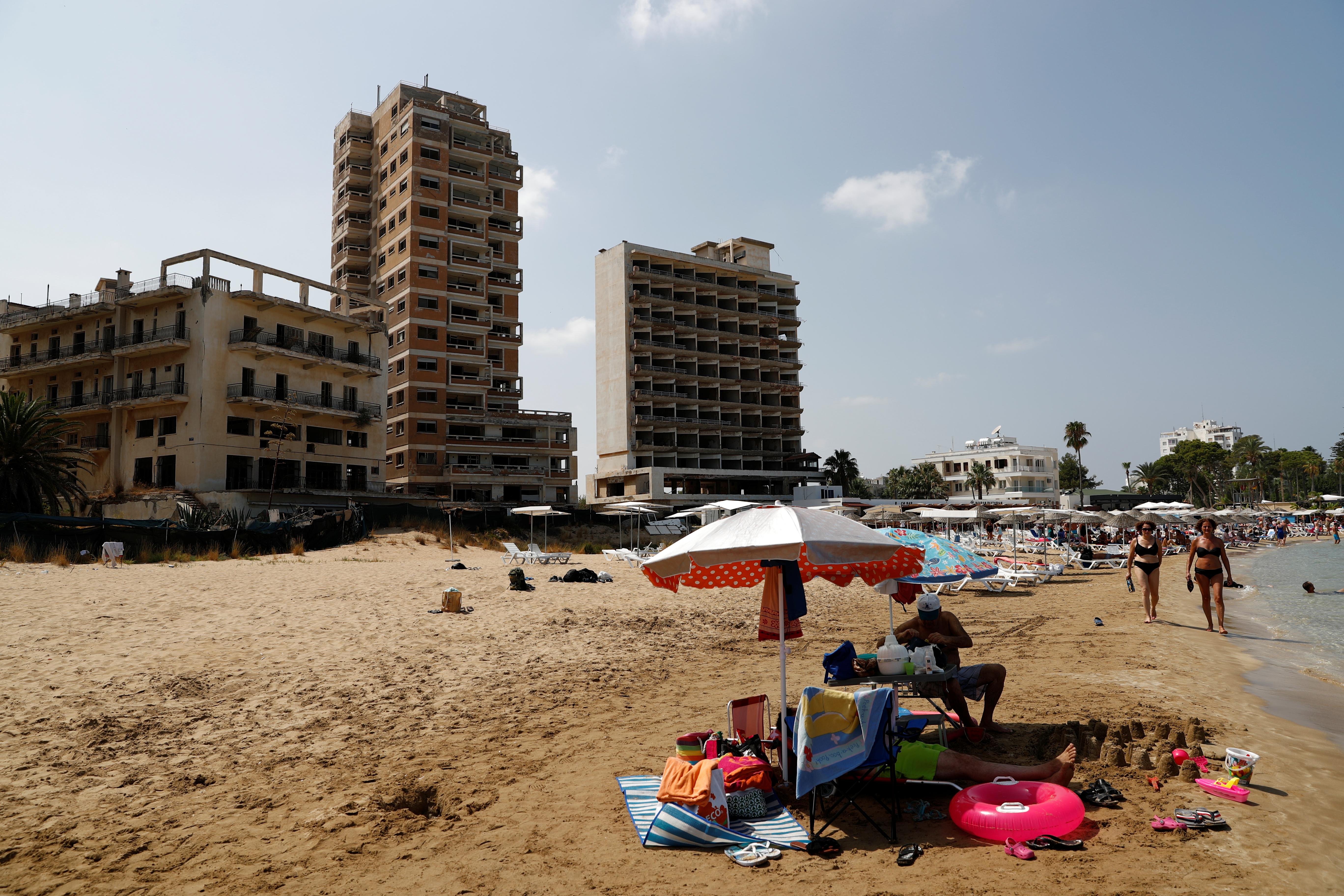 На Кипре впервые за 50 лет откроется курорт-призрак