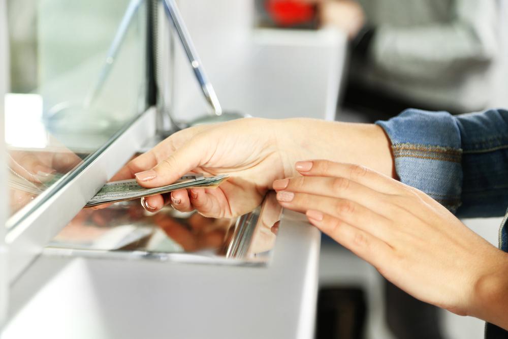 Ставки по кредитам превысили ставки по вкладам в 2,4 раза