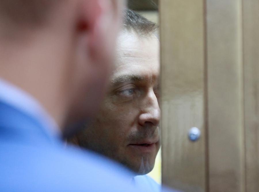 Суд счел полковника Захарченко склонным к побегу