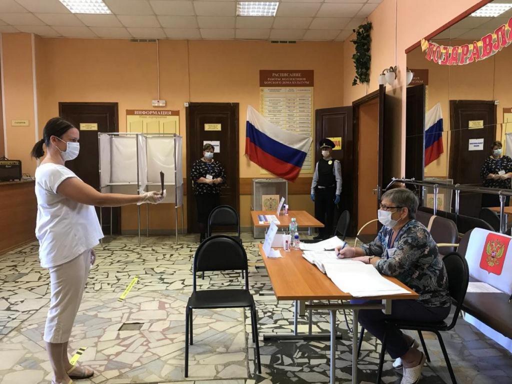 ВС отказался рассматривать жалобу на трехдневное голосование