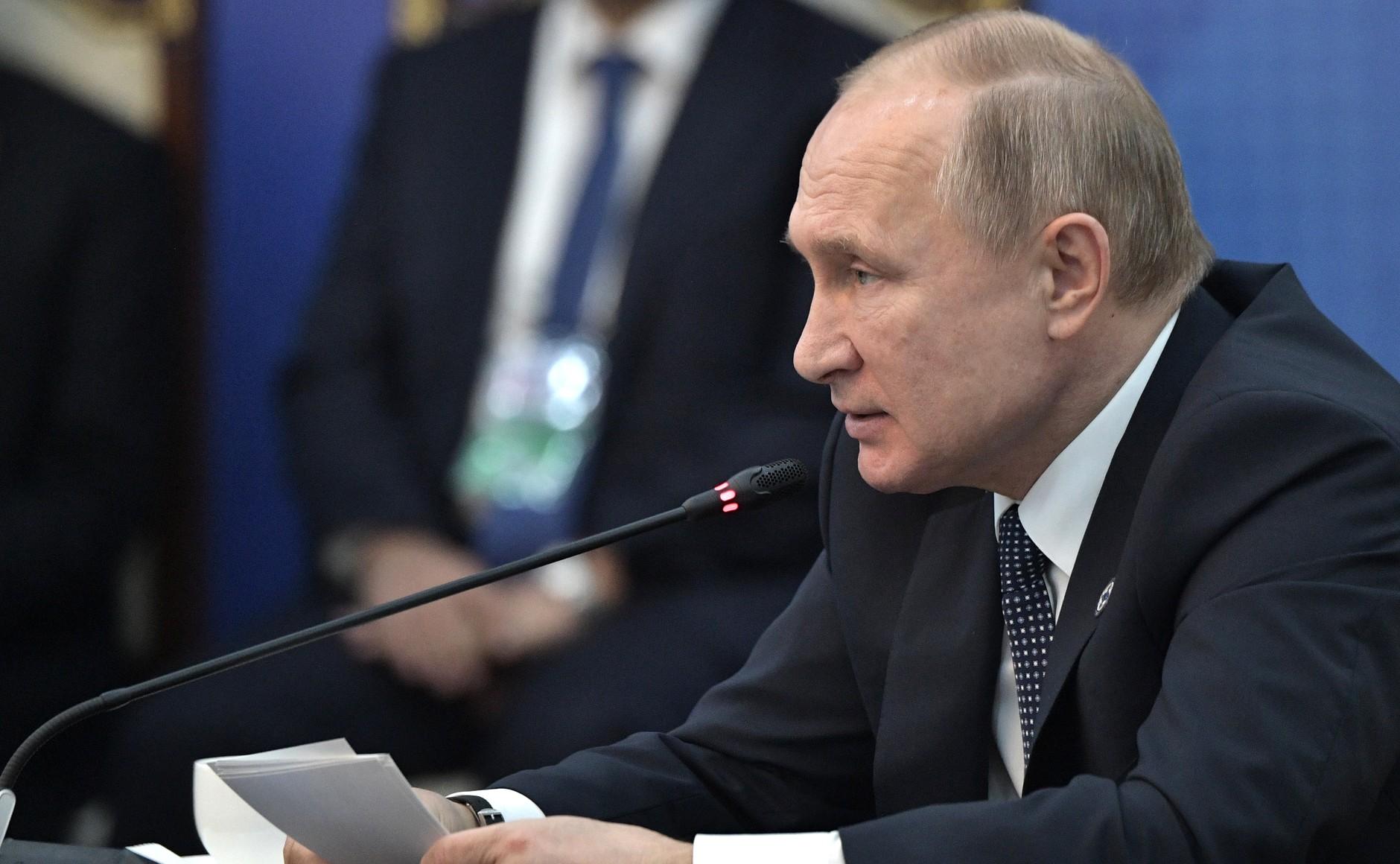 Кремль рассказал об отсутствии планов Путина ехать в Белоруссию