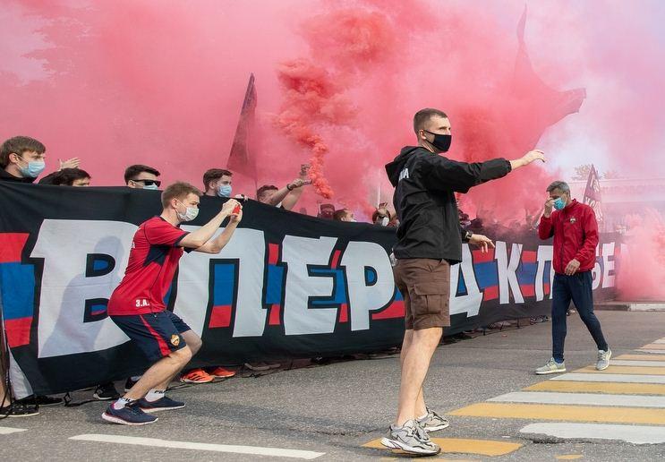 Для фанатов ЦСКА запросили до 13 лет колонии за драку, в которой погиб человек