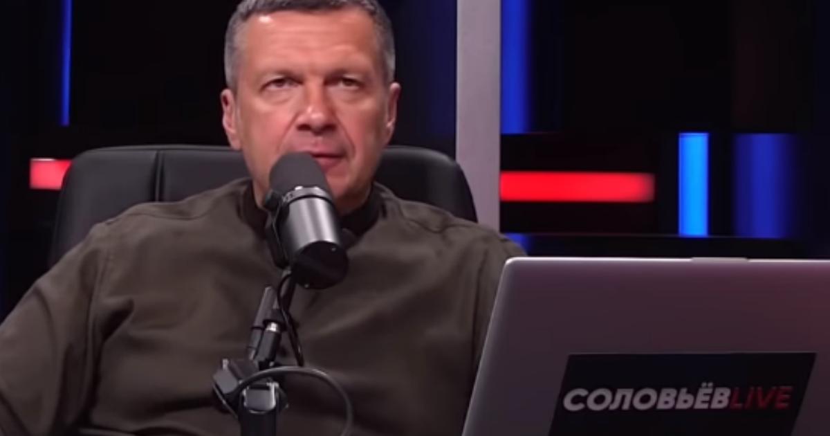 Истерика в эфире: Соловьев наорал на редакторов и в ярости разбил кружку