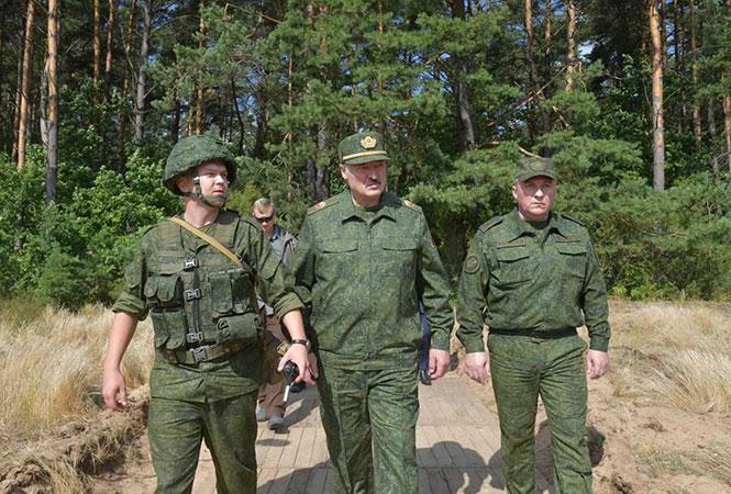 Лукашенко рассказал о доказательствах того, что Меркель врет о Навальном
