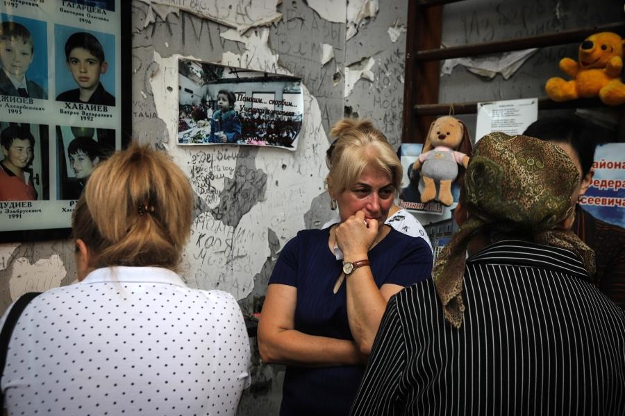 В Беслане и Москве прошли траурные акции в годовщину теракта