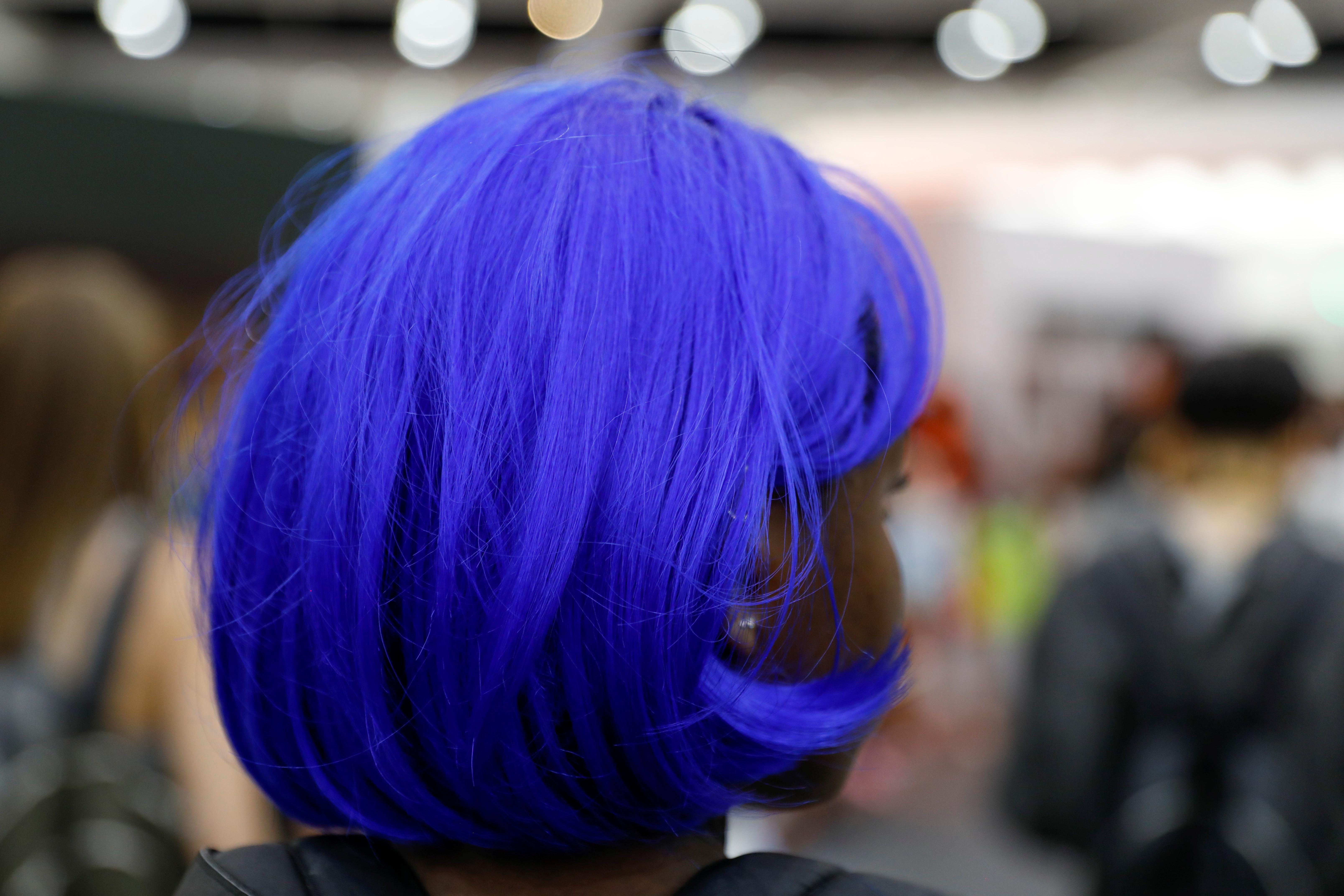 Ученые: краска для волос повышает риск рака у женщин