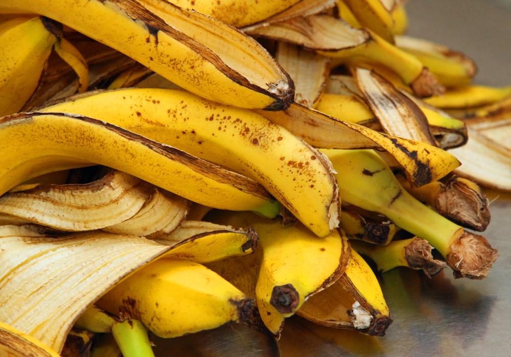 Топливо из бананов и навоза научились получать в Африке