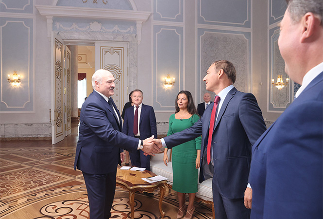 """Лукашенко допустил, что """"немного пересидел"""" на посту президента"""