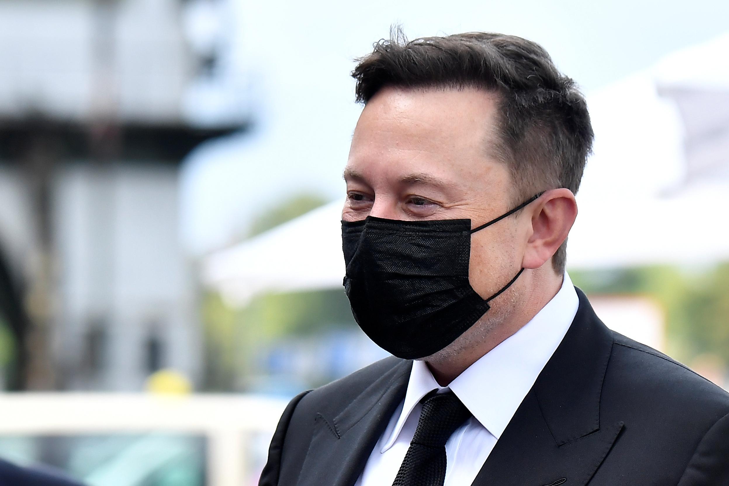 Tesla заявила о самом худшем падении своих акций