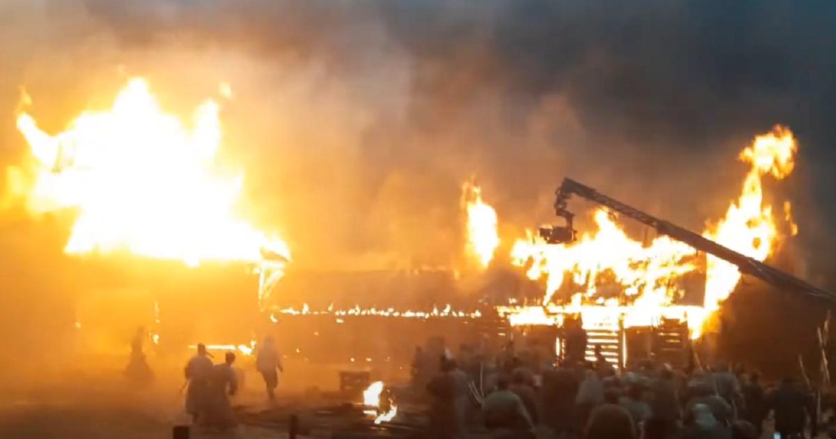Работают с огоньком. На «Главкино» в Подмосковье вспыхнул пожар (ВИДЕО)