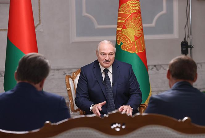"""Лукашенко призвал прокуратуру к """"более острым"""" мерам против оппозиции"""