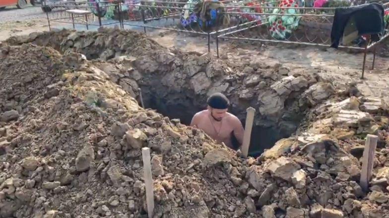 В Томске прошел чемпионат по копанию могил